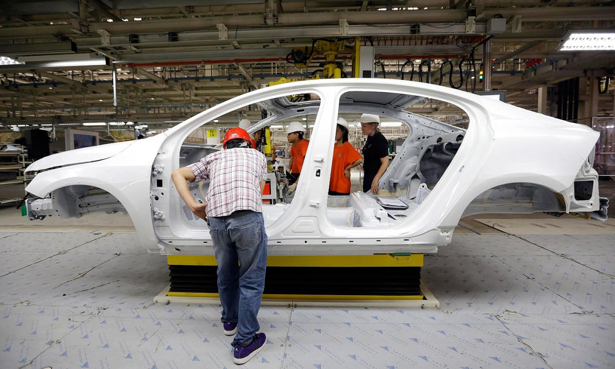 Volvo's remanufacturing success story • Recycling International