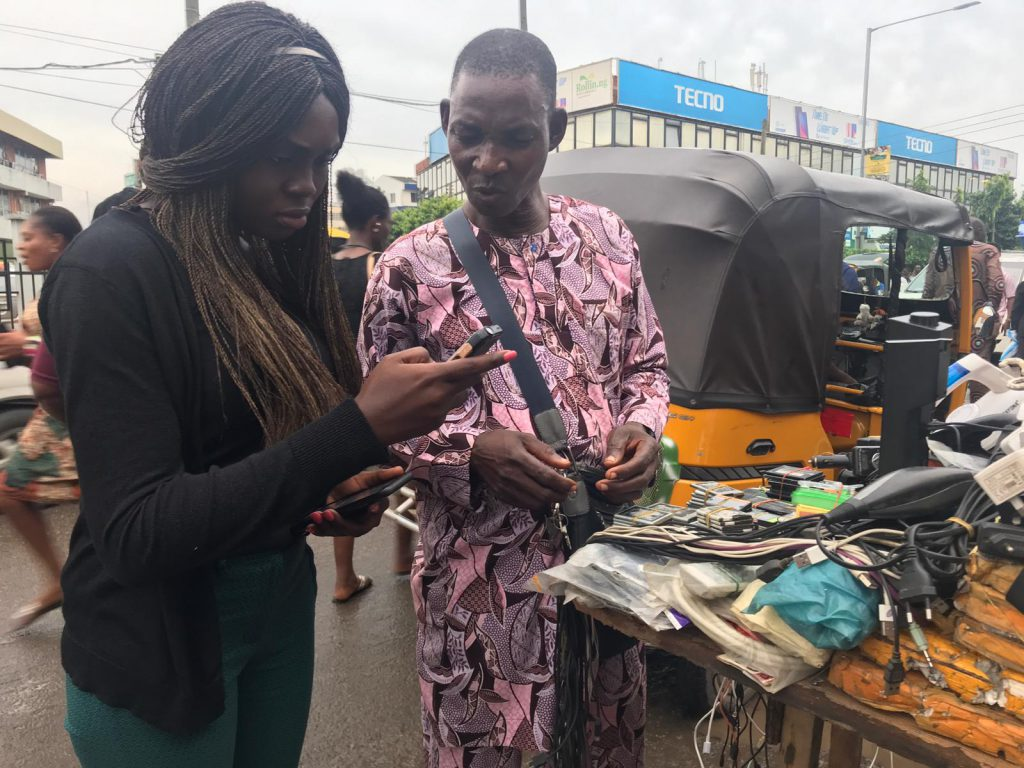 phone, recycling, Africa, smartphone, battery, e-scrap, e-waste, waste problem