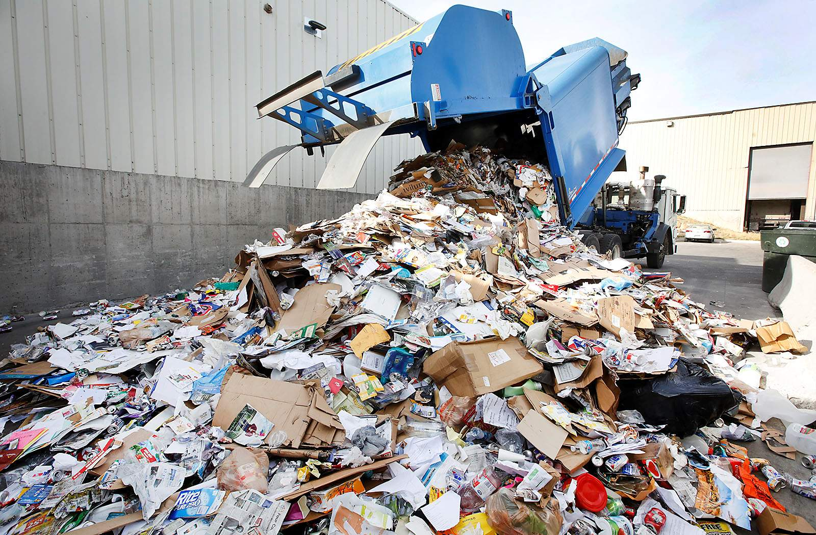 High supply keeps OCC prices in check • Recycling International